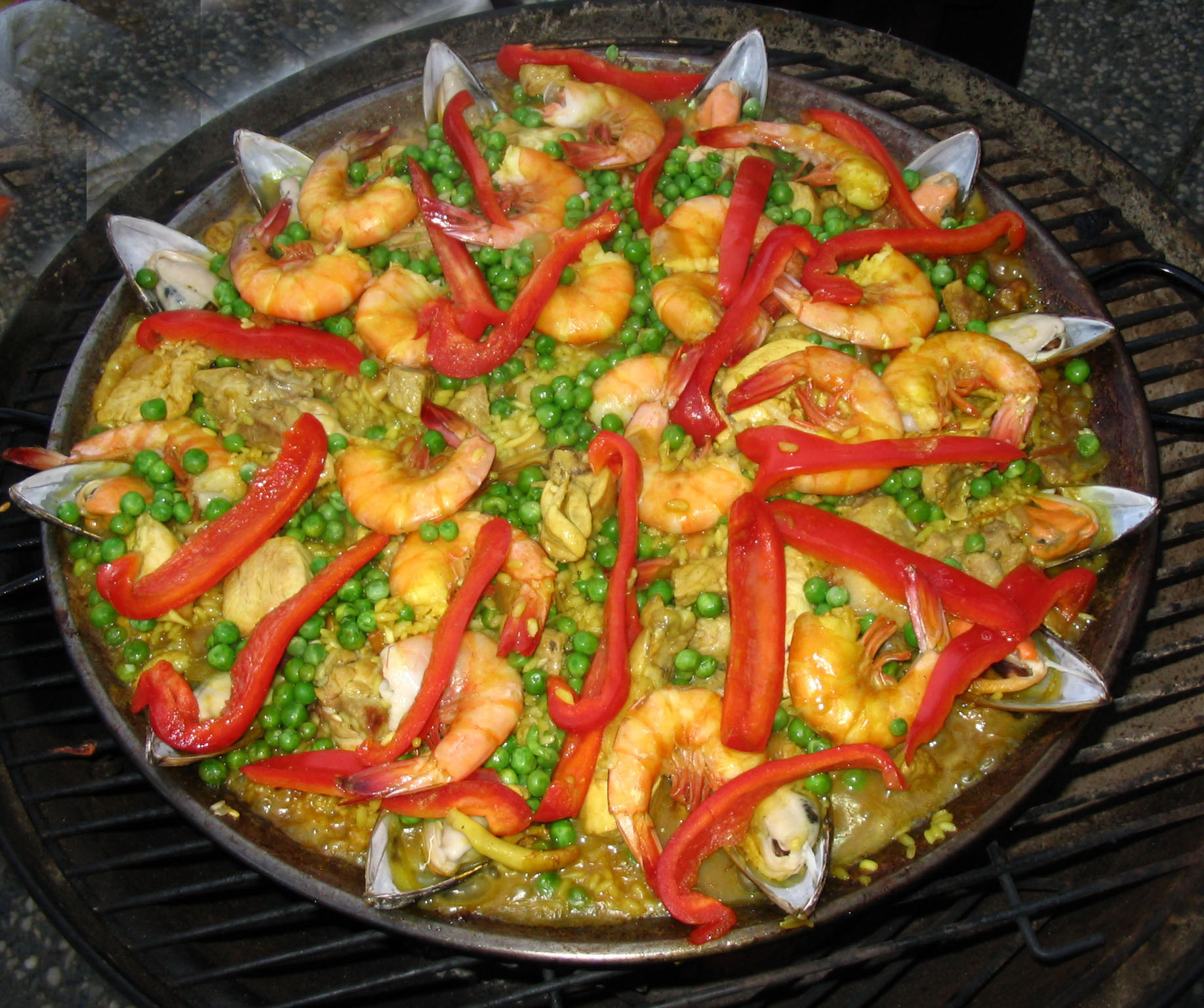 Gourmet seafood paella recipe mexican food recipes for Sea city fish and chicken